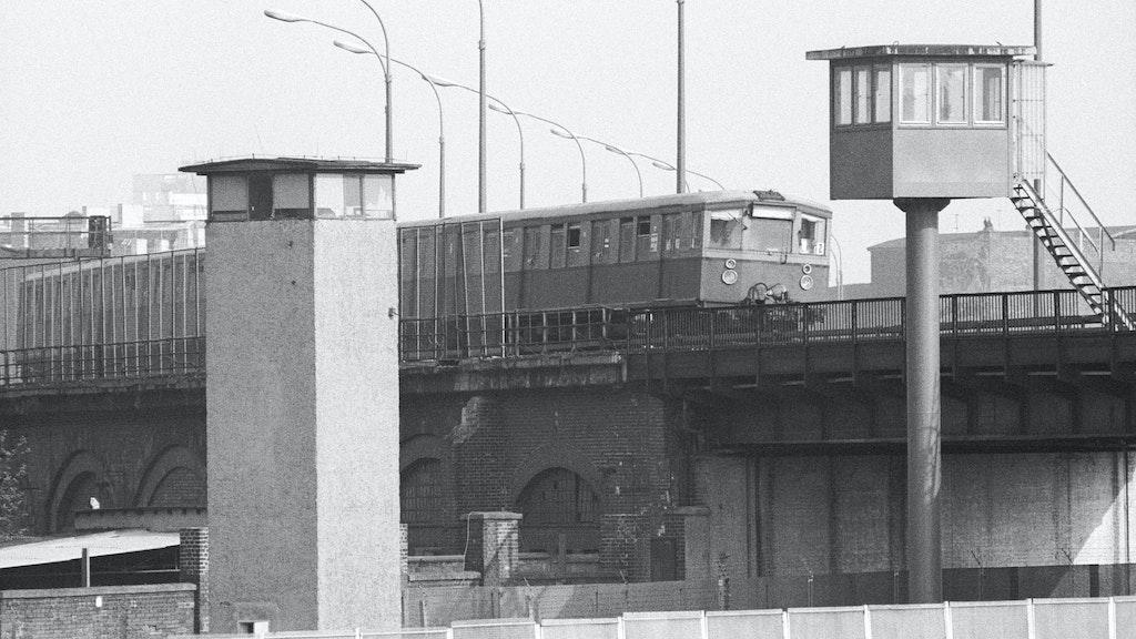 Irrwitziger Plan: Erst eine S-Bahn entführen und dann in den Westen fahren