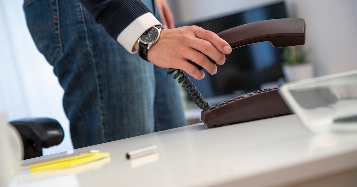 Arbeitszeit : Muss man in einem Notfall Überstunden machen?