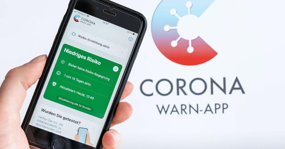 """Amtsarzt: """"Corona-Warn-App ist ein Spielzeug für die digitale Oberschicht"""""""