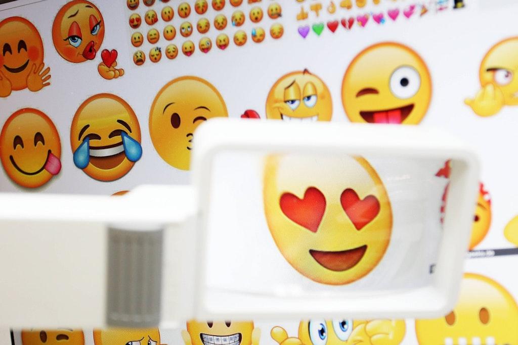 Mit bedeutung wangen smileys roten Emoji Bedeutung: