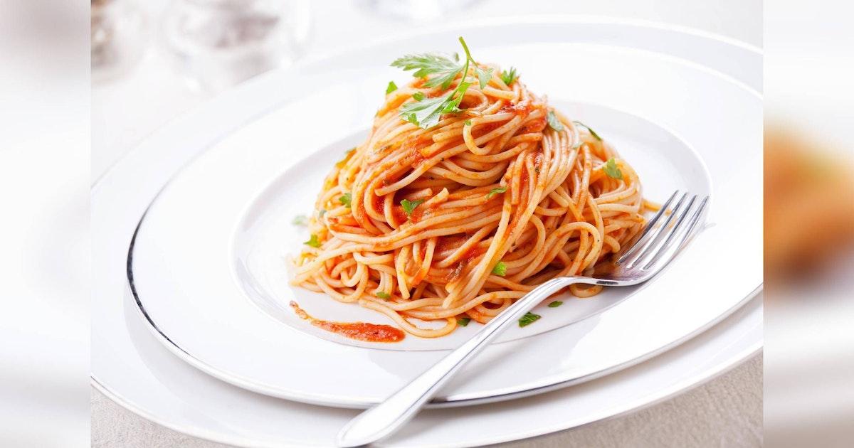 Spaghetti al Pomodoro einfach und lecker zubereitet: So schmecken die Nudeln mit Tomatensoße wie in Italien