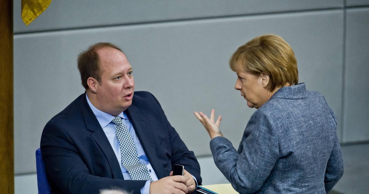Alte Bundesregierung befördert offenbar noch Dutzende Beamte