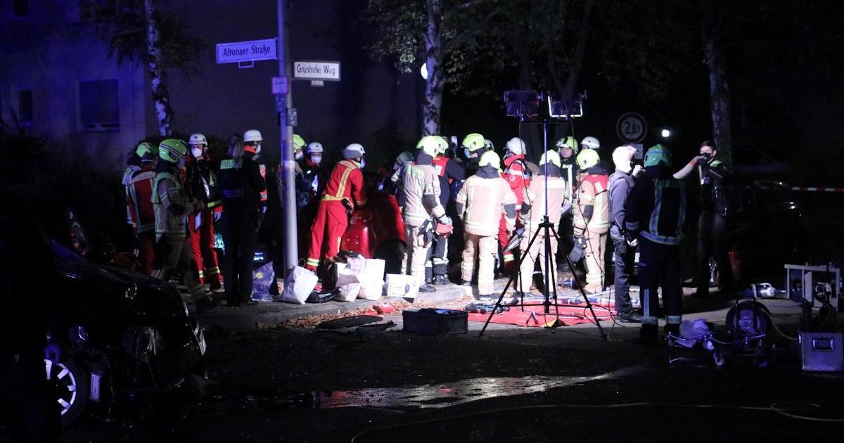 Unfall-Drama in Spandau: Autos prallen zusammen – zwei Schwerverletzte