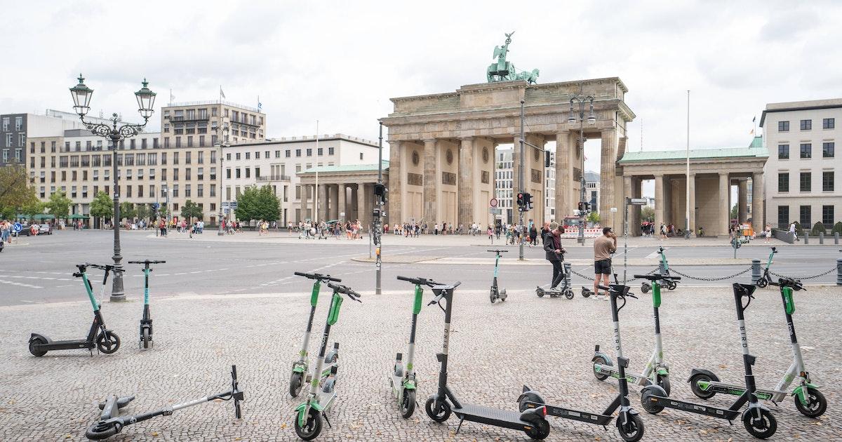 E-Scooter-Vermieter in Berlin wollen sich zu mehr Ordnung verpflichten